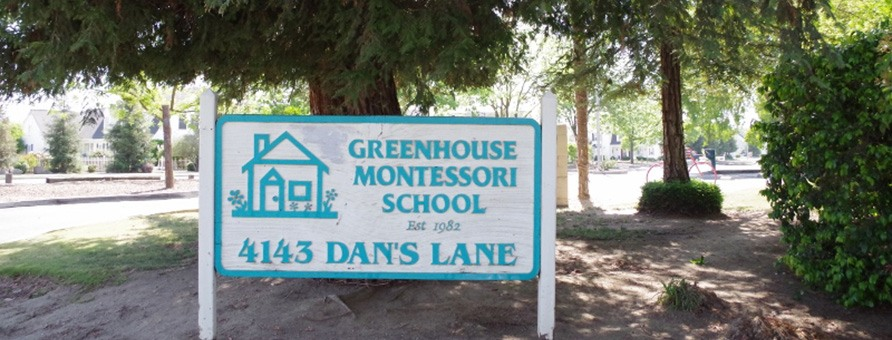 Greenhouse Montessori School Parking Lot